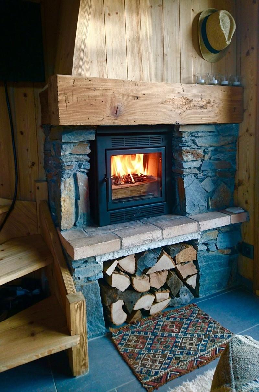insert bois frontal sur mesure. Black Bedroom Furniture Sets. Home Design Ideas