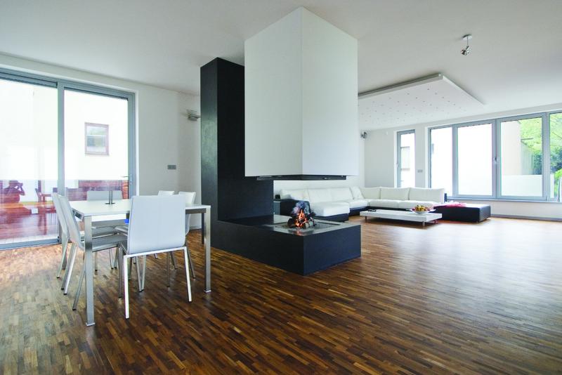 chemin e foyer suspendu 4 faces. Black Bedroom Furniture Sets. Home Design Ideas